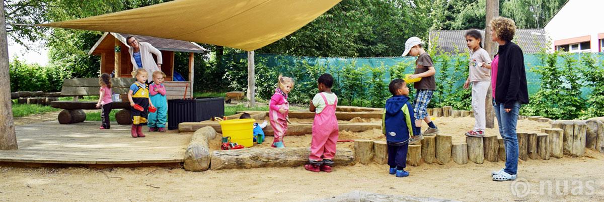 nuas NaturSpielRäume: Kontakt zu anderen Kindern