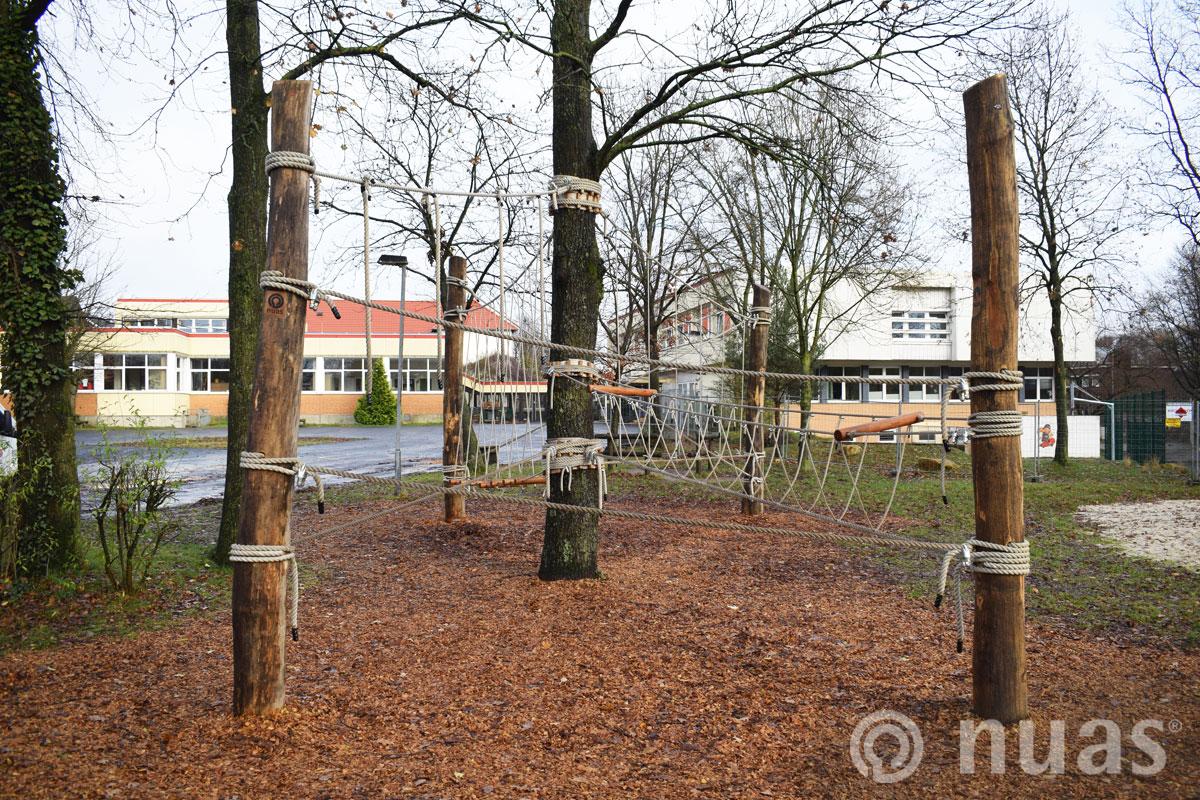 nuas Seillandschaft: Schulhof Oberschule Hasbergen